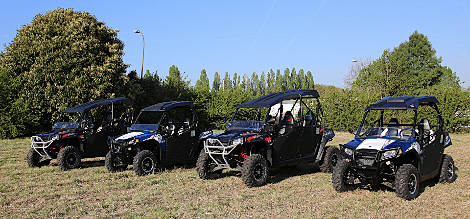 location de buggy ssv quad rzr polaris randonnees aventure tout terrain. Black Bedroom Furniture Sets. Home Design Ideas